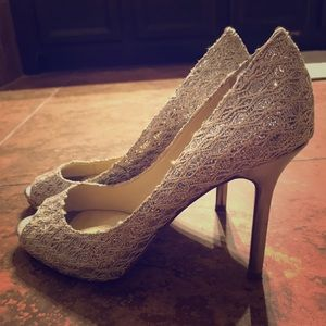 Enzo Angiolini size 8.5 silver sparkly heels
